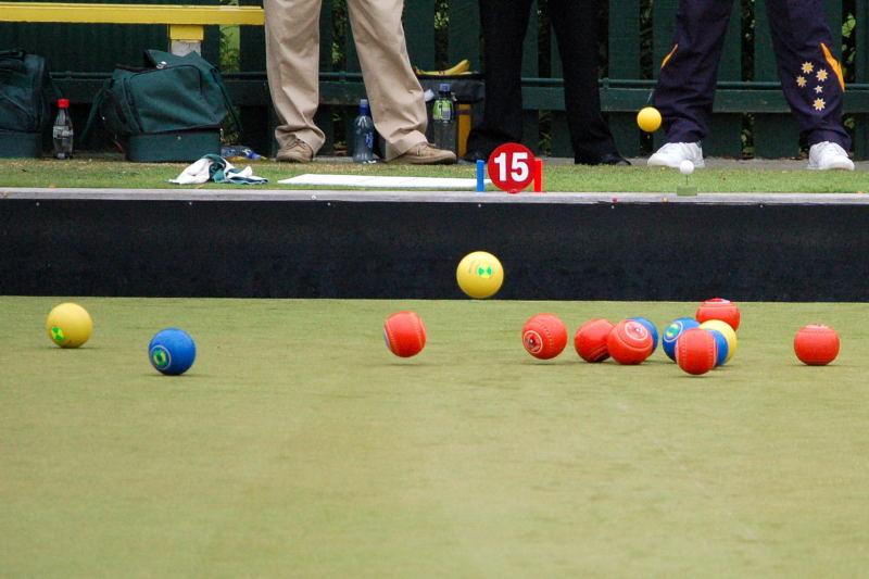 bouncing-bowls1.jpg